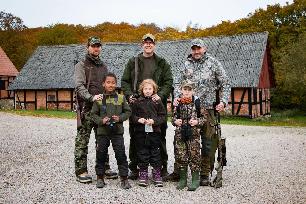 Børn med på jagt